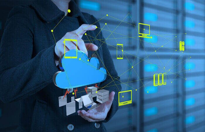 How Cloud Has Impacted the Centralization vs. Decentralization of IT?