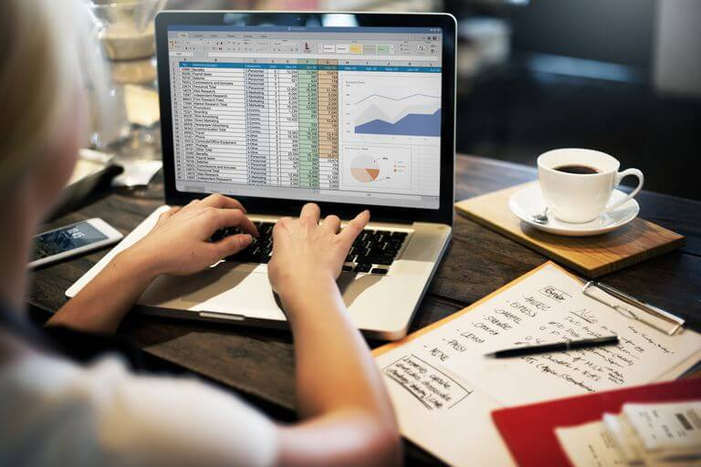 How to Use Microsoft Excel as a Data Analyst?
